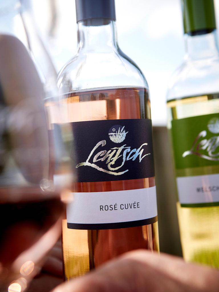 Flasche Wein Lentsch